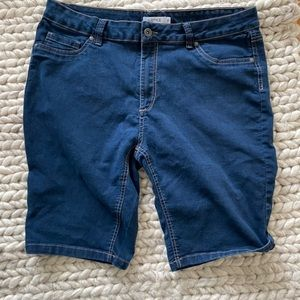 My Style Size 16 Mid lenght jean  Shorts